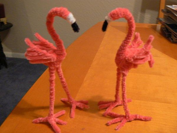 Flamingos - 50  Pipe Cleaner Animals for Kids, http://hative.com/pipe-cleaner-animals-for-kids/,