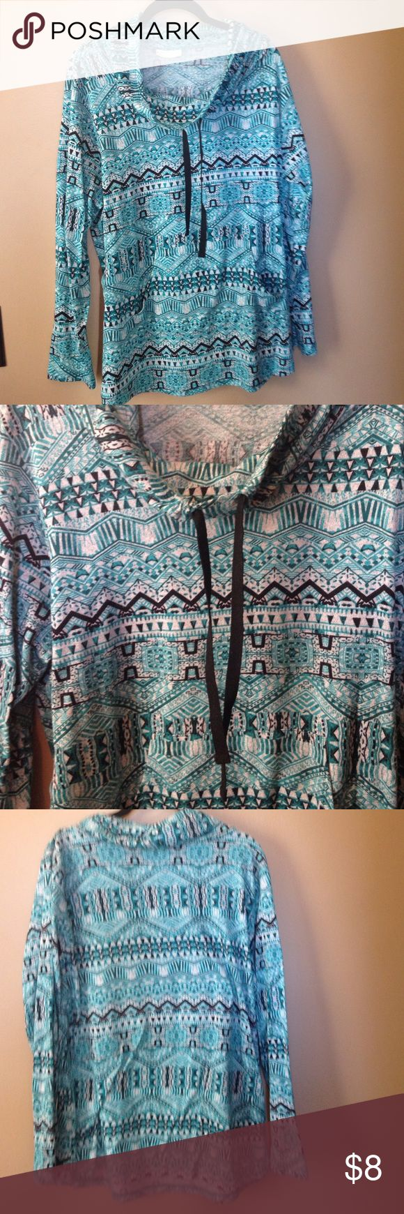 Plus size Cowl Neck Aztec Long Sleeved top 2x Cute, thin material, but cozy!  Pretty colors with nice comfy long sleeves. Size 2x Sweaters Cowl & Turtlenecks
