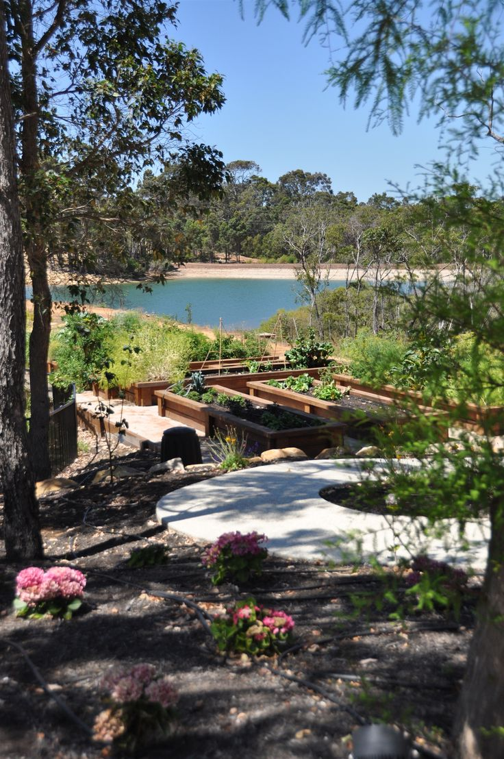 Love this shot over looking the Aravina kitchen gardens and the lake!