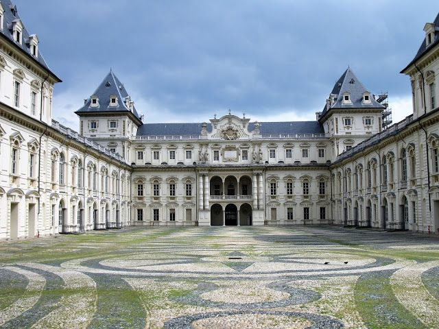 Residences Of The Royal House Of Savoy Italy House Of Savoy Italy Egypt Travel