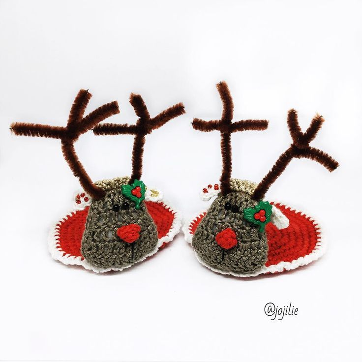 """@jojilie na Instagramu: """"I just loooove it when I decorate the house for Christmas ❤️❤️ I made these Christmas coasters…"""""""