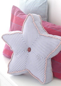 Star pillow with pattern