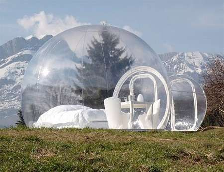The inflatable Crystalbubble - transparent tent! Well this is awesome!!