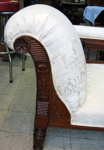 1000 images about amazing chaises on pinterest for Antique victorian chaise lounge
