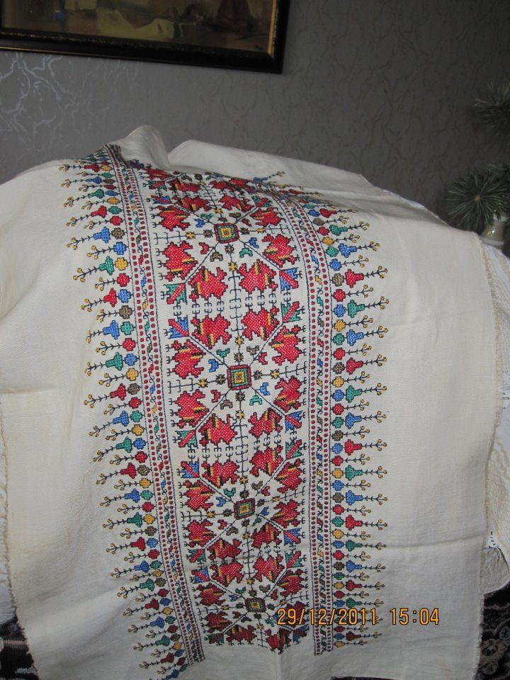 Unfinished embroidered pillow