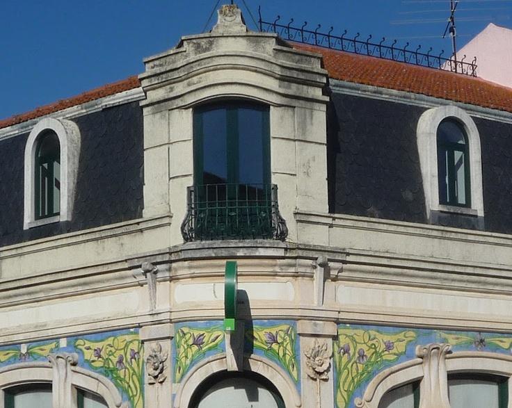 36 best images about art nouveau portugal on pinterest for Nova casa azulejos