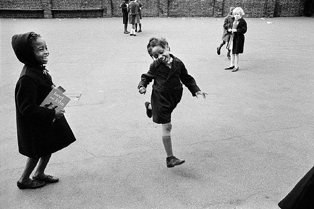 Jürgen SCHADEBERG :: School Playground, London, 1968