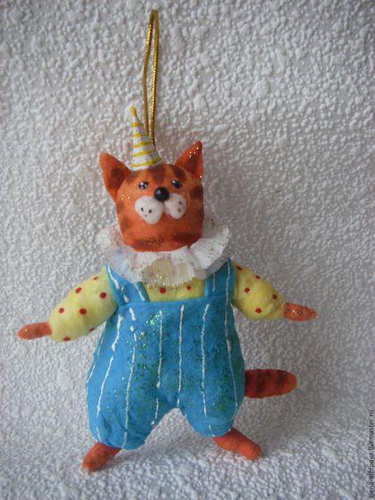 """Игрушки животные, ручной работы. Ярмарка Мастеров - ручная работа. Купить Ёлочная игрушка из ваты """"Новогодний кот"""". Handmade. Рыжий"""