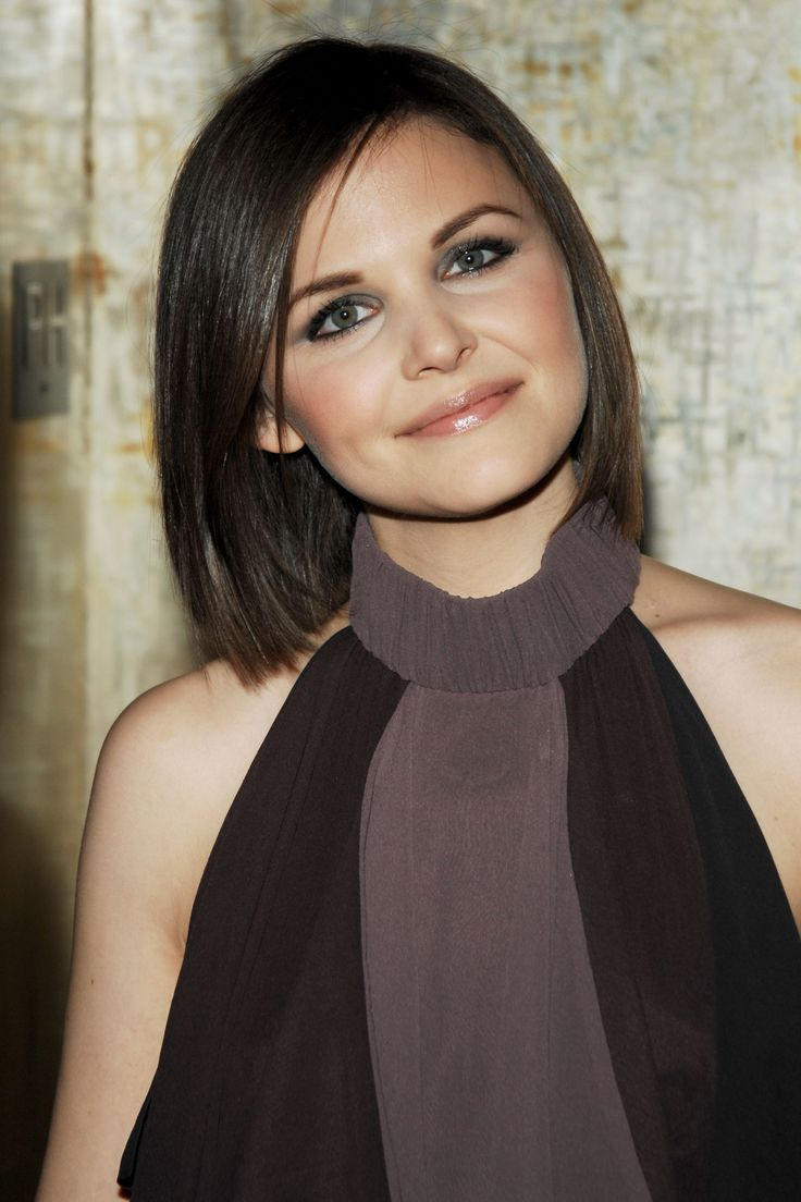 Ginnifer Goodwin - short, straight hair. Love her! if I ever cut my hair...