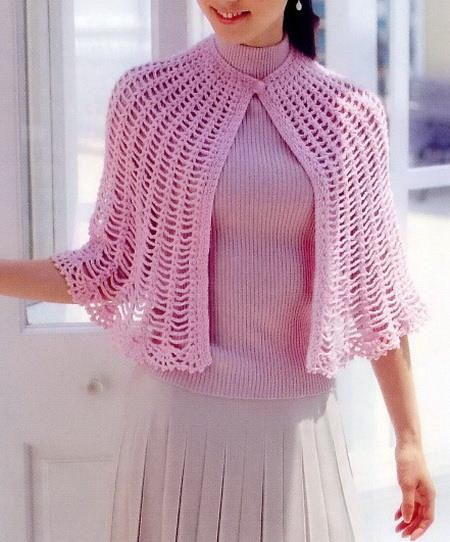 Stylish Easy Crochet: Crochet Cape Free Pattern - Simple and Beautiful ༺✿ƬⱤღ http://www.pinterest.com/teretegui/✿༻