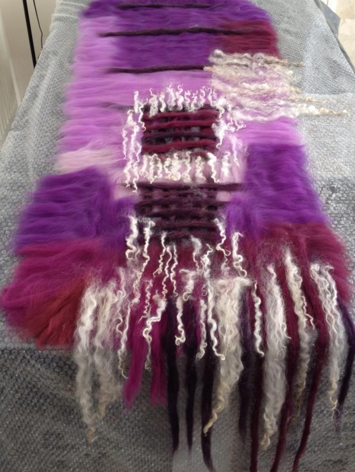 www.nadinsmo.com scarf boa with curls