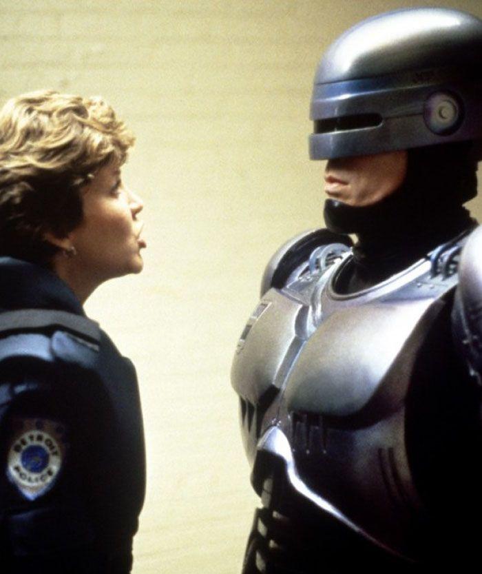 """Nancy Allen y Peter Weller en """"Robocop"""", 1987"""
