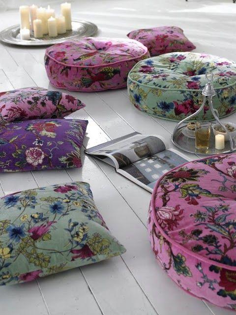 Aren't these #boho brunch #pillows pretty?