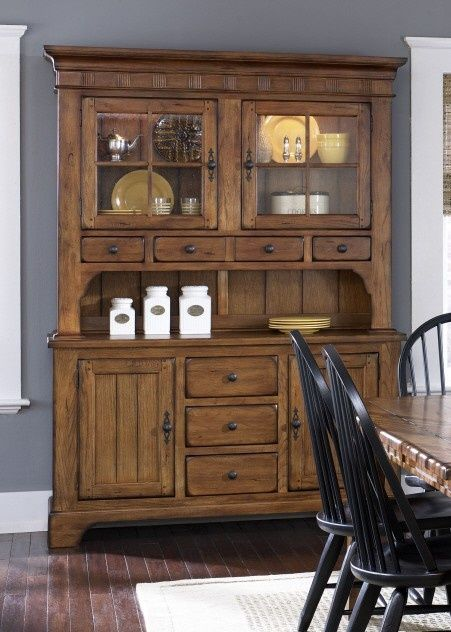 Liberty furniture treasures hutch, rustic oak finish