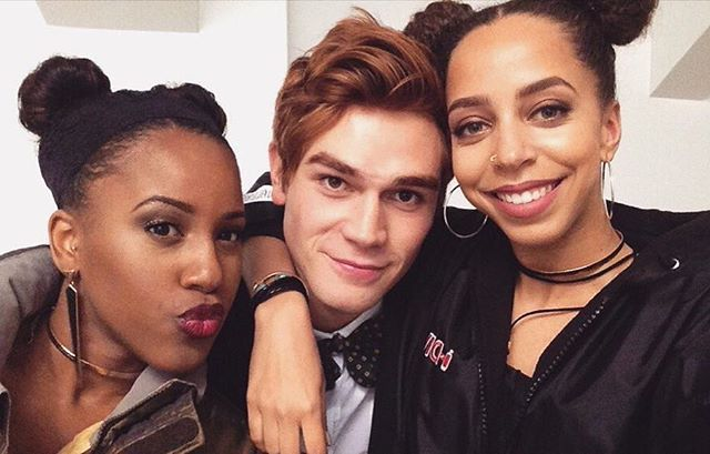 @ashabrom, @kjapa, @hayleaulaw looking cute!   The Pussycats wrapped filming their scenes for the #RIVERDALE pilot last night!   #CWRiverdale #Archie