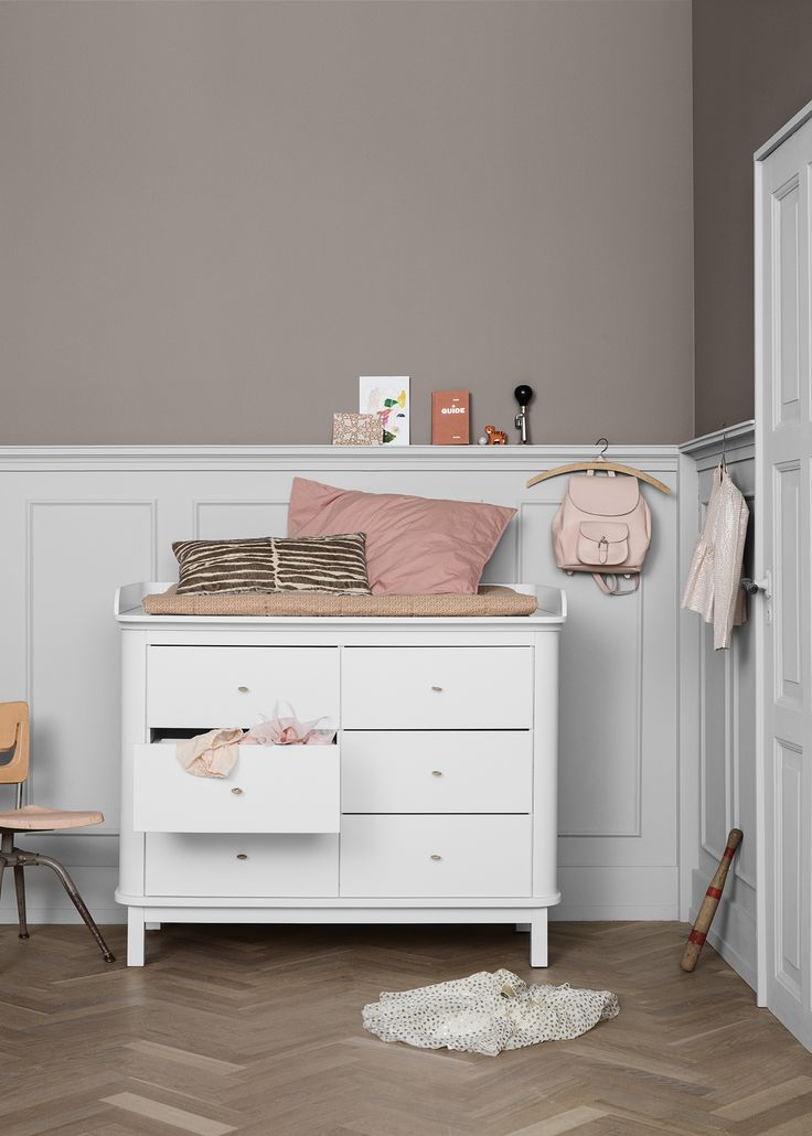 The perfect storage solution for kids' bedrooms - Wood six drawer dresser in white by Oliver Furniture at Nubie. https://www.nubie.co.uk/childrens-furniture/chest-drawers/wood-six-drawer-dresser-white-oliver-furniture