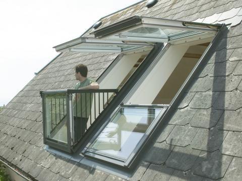 Dachfenster mit Austritt von Velux: eine Übersicht | Wand & Beet