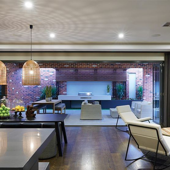 The Amalfi is our Essential Special at the moment, with a designer kitchen included! Check out our website homegroupwa.com.au for more info!  #homegroupwa #hgwa #courtyard #diningroom #livingroom #homebuilding #interiordesign #perthlife #perth