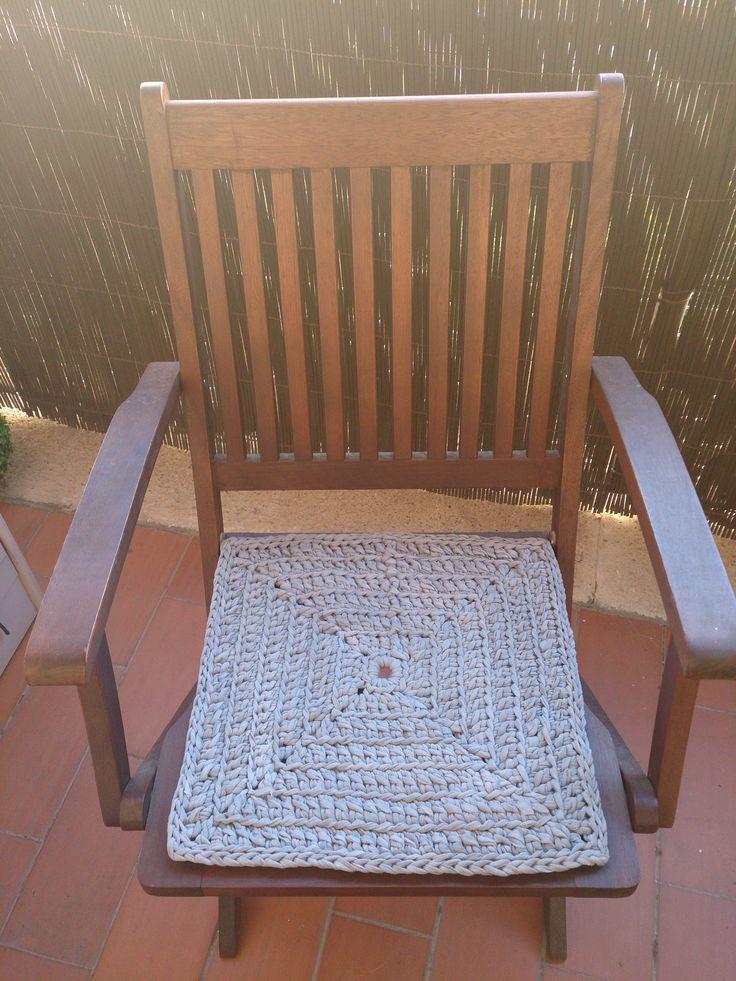 Coj n de trapillo para silla de terraza trapillo for Cojin para sillas
