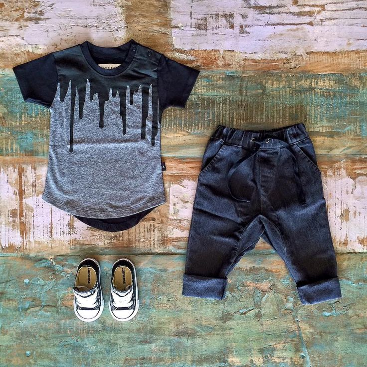Huxbaby paint drip tee, Zuttion stretch denim slouchies & Converse sneakers…
