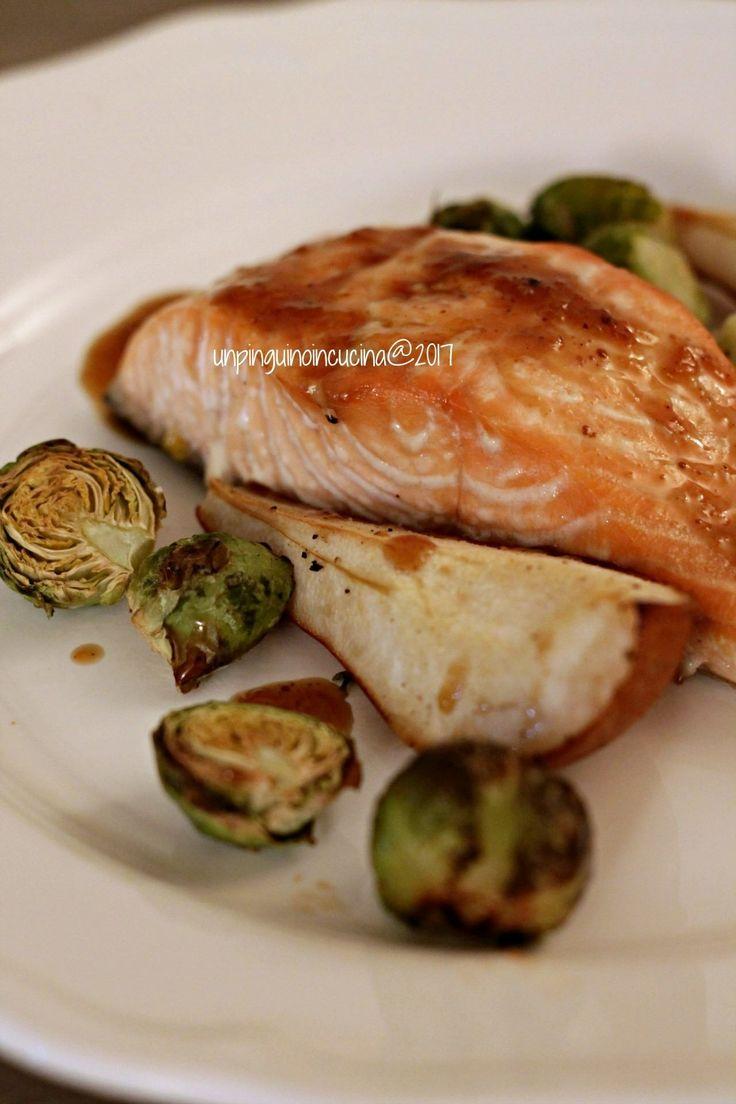 Glazed Salmone with Pears and Brussel Sprouts - Salmone glassato con pere e cavoletti | Un Pinguino in Cucina