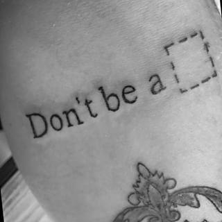 Y finalmente, un buen consejo de Tiempos Violentos. | Community Post: 25 Tatuajes que te transportarán a los noventa