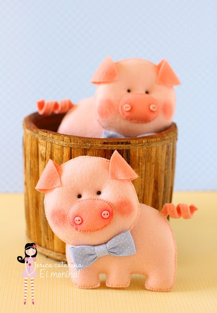 Oink oink - Cute felt pigs by Erica Catarina - EricaCatarinaBlogspot