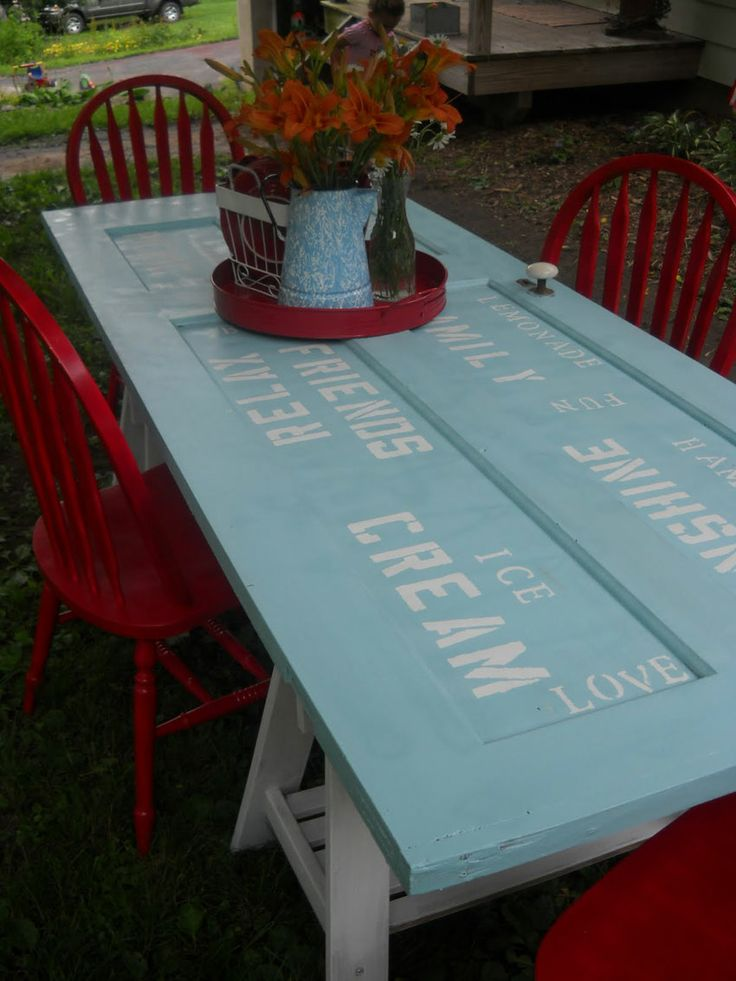 Turn an old door into an amazing table - so simple!!   #diy #table #rustic.....hmmm I have two old doors from my grandfathers house..this would be so cool.
