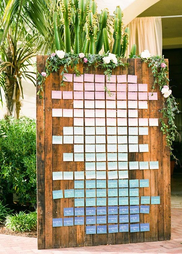 Picking your wedding's color palette is one of the biggest decisions in the planning process. From the flowers to your bridesmaid dresses to the linens, everything relies on the choice of color. If you're someone who simply loves a single color, utilizing an ombré effect may justbe the bestway to have everything at your wedding …
