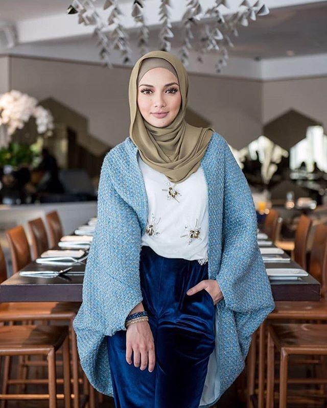 @neelofa #hijabstylebook