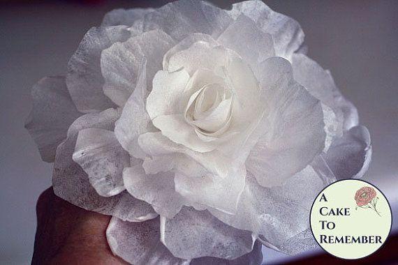 Une fleur de papier de gaufrette pour gâteau décoration, wedding cake toppers, fleurs comestibles, papier de riz pivoine
