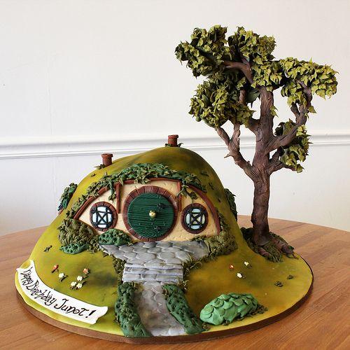 Hobbit Birthday Cake made by Amanda Oakleaf Cakes