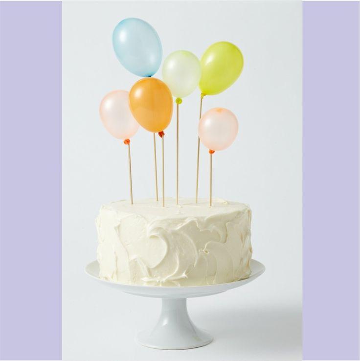 bolo com baloes