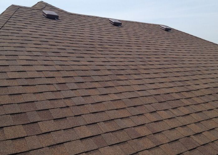 Come And Get Roofing Installation And Repairs From New Roofs Contractors Nyc Go To Details Http Www Grconstructio Roofing Contractors Roof Repair Roofing
