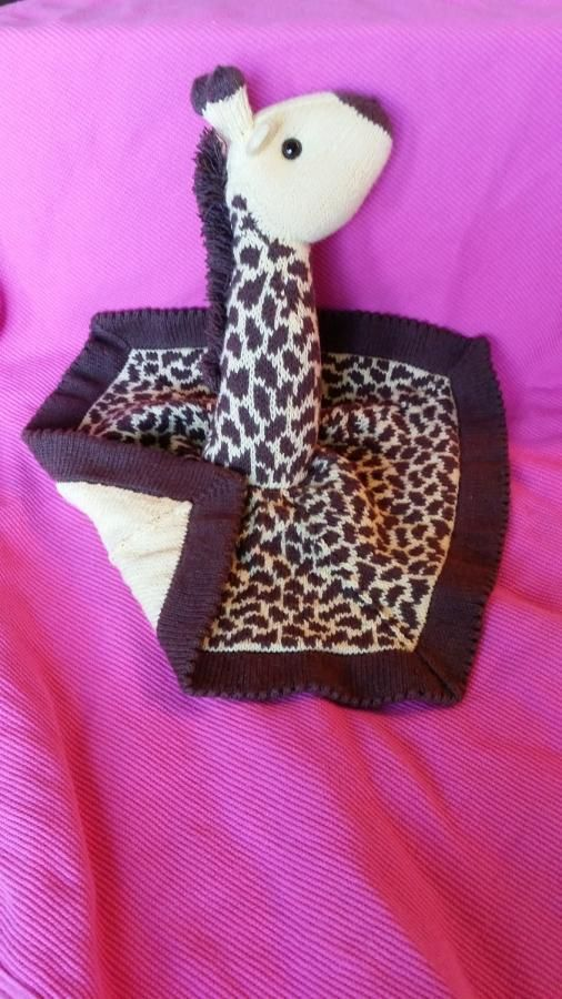 Giraffe Lovey - Knitting creation by Genevareclaimed | Knit.Community