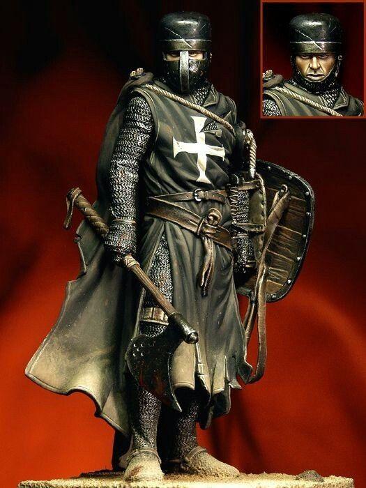 Pegaso Models - Knight Hospitaller, XIII century - SCULPTOR: Andrea Jula PAINTER: Danilo Cartacci.