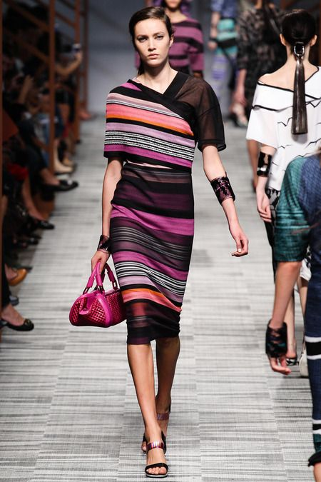 Missoni Spring 2014 RTW. pinks and oranges. black. sheer sleeve. pencil skirt. stripes. #Missoni #Spring2014 #MFW