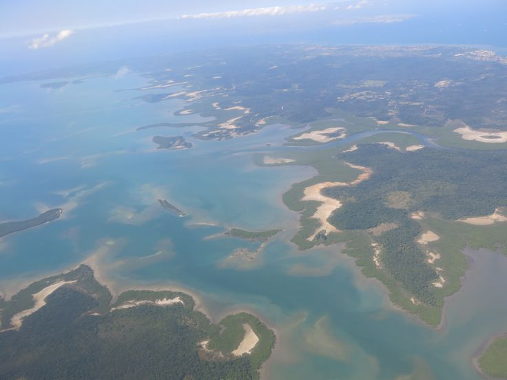 Salvador de Bahía y Morro de Sao Paulo desde el cielo