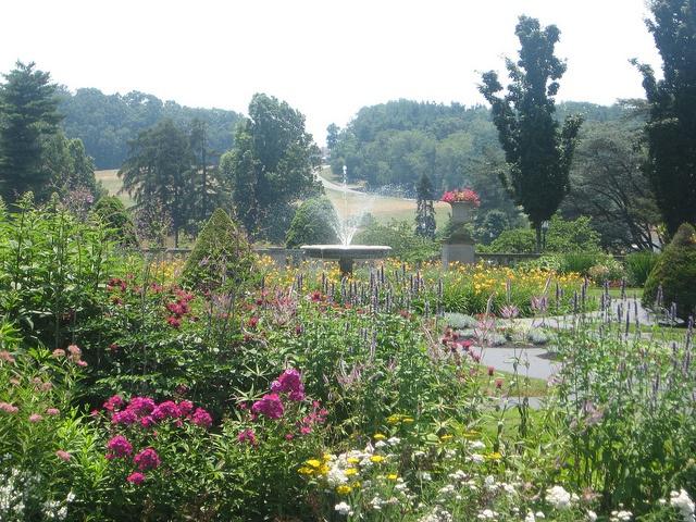 Merveilleux Masonic Village Formal Gardens, Elizabethtown, PA. Lancaster ...