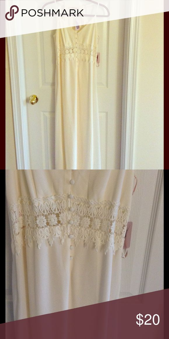 Cream maxi dress Never worn cream maxi dress with cut out flower waist. Super cute and perfect for bridal shower, wedding rehearsal, honeymoon or just your new favorite summer maxi! Forever 21 Dresses Maxi