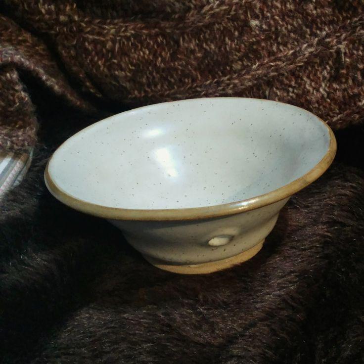 Ceramic glazed stoneware yarnbowl