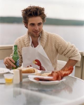 Sexy even wearing a lobster bib ;)