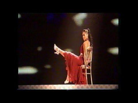 (58) Alicia Keys With Gwen Stefani & Missy Elliot Performing - Kiss - YouTube