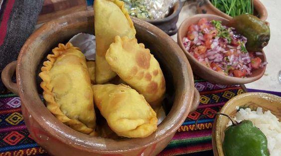 Empanadas bolivianas típicas fritas