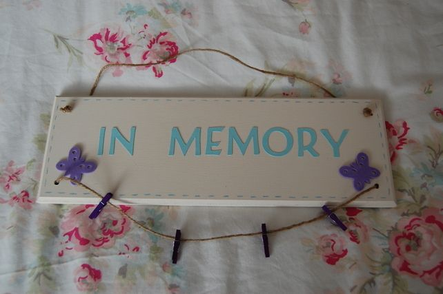 Handmade, 'In Memory' Sign with Hanging photo string,4 pegs wedding memory board £12.00