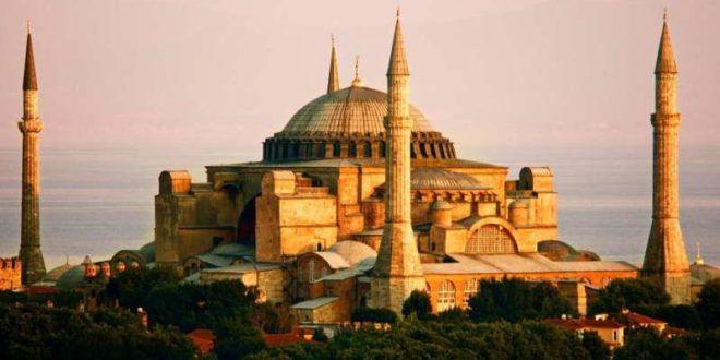 Μεγάλη αποκάλυψη από Τούρκο Καθηγητή: «Να τι υπάρχει κάτω από την Αγία Σοφία»