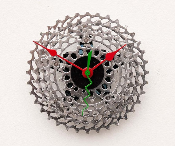 Recycled Bike cassette gear Clock by pixelthis on Etsy