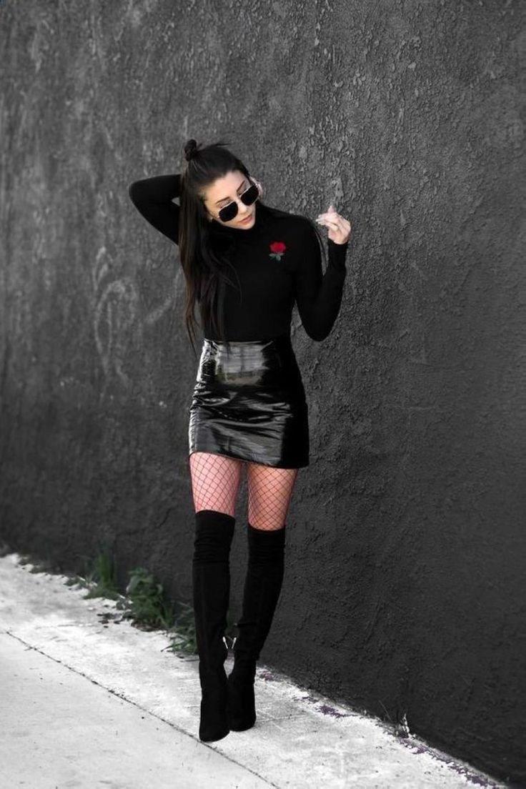 Awesome 47 Sexy Skirt and Black Long Sleeve to Try Now http://inspinre.com/2018/02/08/47-sexy-skirt-black-long-sleeve-try-now/