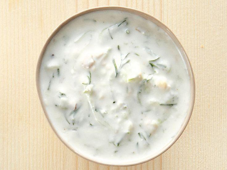 Yoğurtlu Ve Salatalıklı Sos Tarifi - Lezzet