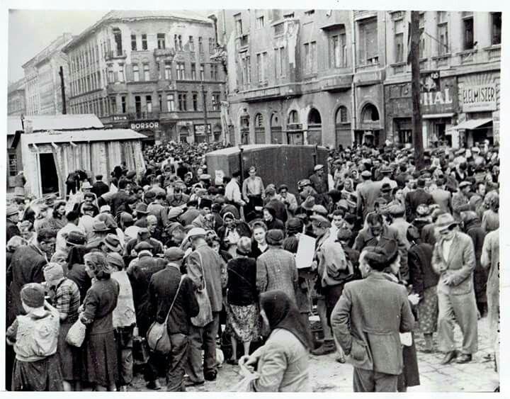 1946. Teleky tér